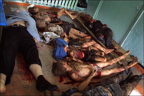 Жертвы Беслана. Фото с сайта asher.ru
